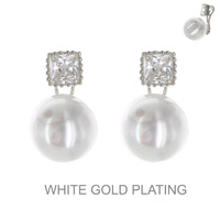 PEARL CUBIC POST CURVE EARRING