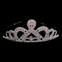 DETAILED LOOPED PRINCESS CROWN