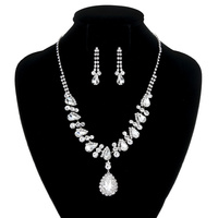 RHINESTONE TEARDROP NECKLACE SET