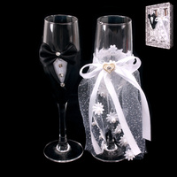 BRIDE & GROOM WEDDING WINE GLASSES