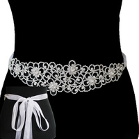 FLOWER STATEMENT RHINESTONE BELT