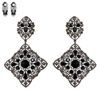 METAL LARGE GOTHIC CLIP EARRING