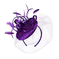 LOOPY SININMAY W/FEATHER FASCINATOR