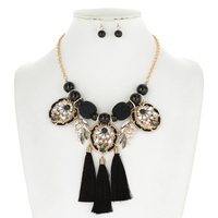 FASHION NECKLACE SET W/ 3 DANGLY TASSSELS
