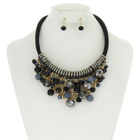 BEADED BIB NECKLACE SET