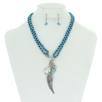WING GLASS BEADED NK SET