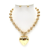 CHAIN NK SET W/ HEART PENDANT