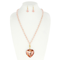 HEART PENDANT BEAD NECKLACE