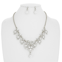 PEARL LEAVE W/STONE NECKLACE SET