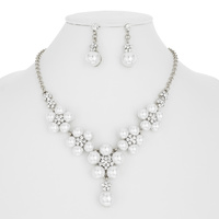 PEARL FLOWER W/STONE NECKLACE SET