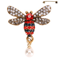 RHINESTONE AND PEARL BEE BROOCH